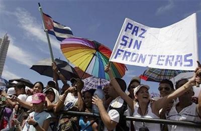 20090921064213-paz-3-sombrilla-y-bandera-ubana.jpg