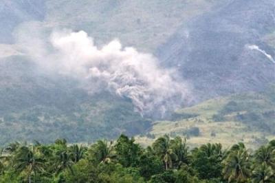 20091224062023-5.-volcan-mayon-en-filipinass-.jpg