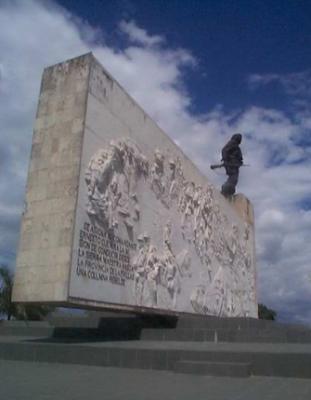 20100726080525-el-museo-memorial-ernesto-che-guevara-el-sitio-mas-solemne-de-santa-clara.jpg