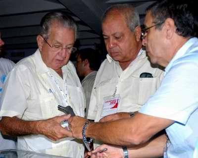 20100924165711-1.alvarez-cambras-ortopedia2010.jpg