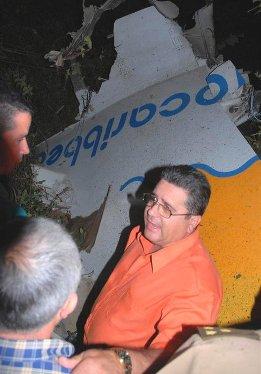 20101106030325-accidente-aereo-autoridades-cuba.jpg