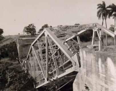 20101219071411-derribo-puente-santaclara.jpg