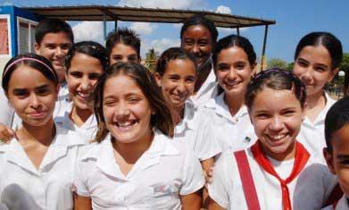 20110506110110-7.adolescentes-cubanos.jpg