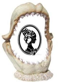 20120228170417-medallon-tiburon.jpg