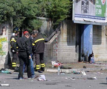 20120521034030-atentado-en-brindisi-italia.jpg