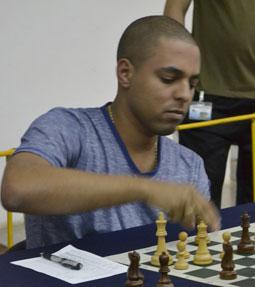 20121005144547-isan-ortiz-campeon-en-primera-fase-del-nacional-absoluto-del-ajedrez-cubano.jpg