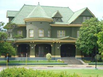 20121201024635-5.-casa-de-las-tejas-vedes-la-habana-patrimonio.jpg