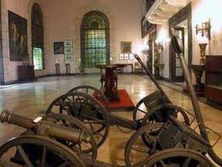 20130818122407-museo-napoleonico-sala-armas.jpg