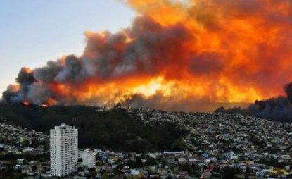 20140413065117-incendio-chile-2.jpg
