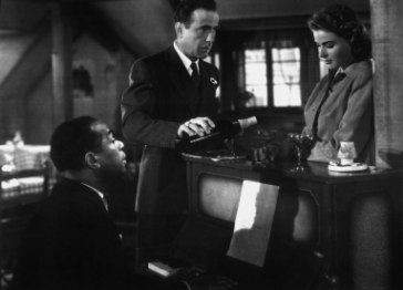 20141125043441-dooley-wilson-humphrey-bogart-and-ingrid-bergman-in-the-1942-film-casablanca.jpg