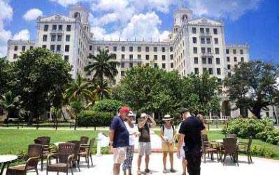 20150106142254-habana-cuba-turistas-2.jpg