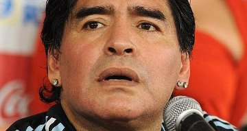 20150106144759-maradona-cuba-dezurda-telesur.jpg