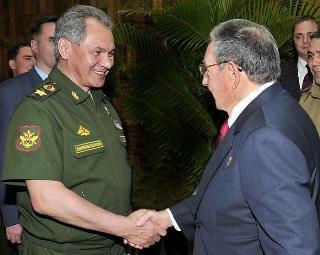 20150215010631-raul-ministro-defensa-rusia.jpg
