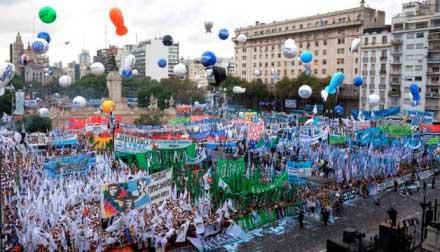 20150302130252-argentina-argentina-apoyo-p.jpg