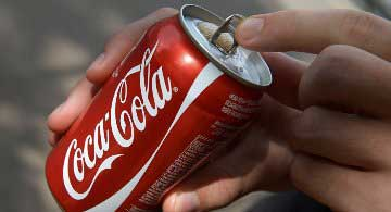 20150812002937-coca-cola.jpg