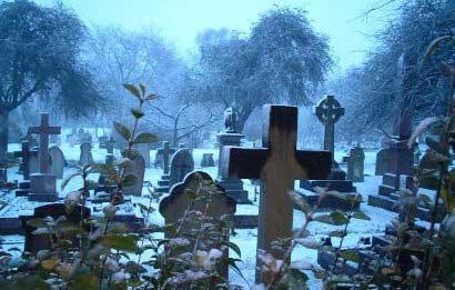 20150910235647-cementerio-foto.jpg