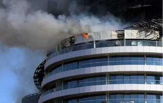 20160102054822-incendio-hotel-dubai-2.jpg