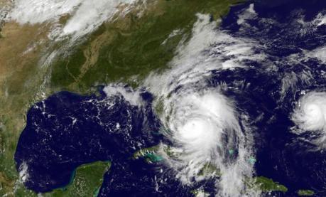 20161007183807-el-huracan-matthew-se-aproxima-a-florida.jpg