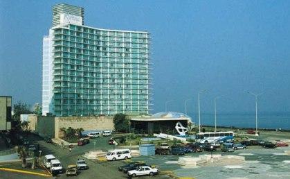 20161211024448-hotel-riviera-cuba.jpg