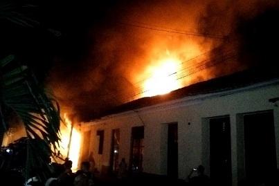 20170126083251-incendio-santaclara.jpg