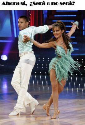 20091109034556-obama-danza.jpg