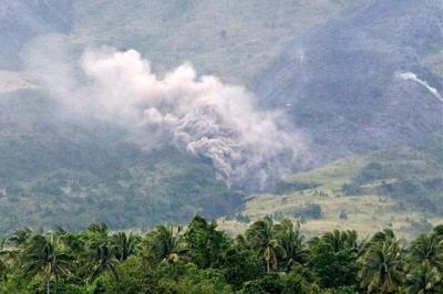 20091224061149-2.-volcan-mayon-en-filipinass-.jpg