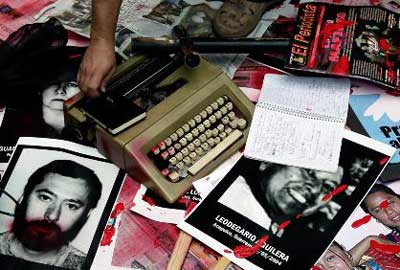 20110112101357-periodistas-asesinados.jpg