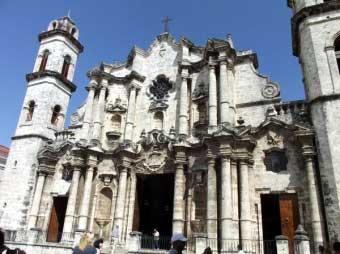 20120329071641-peregrinos-visitan-catedral-de-la-habana.jpg