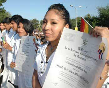 20120712125611-graduacion-medicina-cuba.jpg