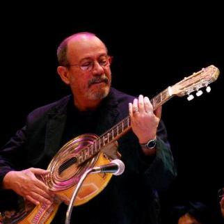 20121203024108-10.-cumpleanos-silvio-rodriguez.jpg