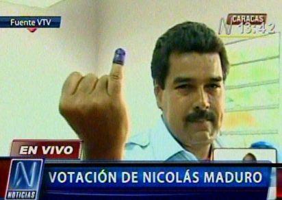 20130414235642-vota-maduro.jpg