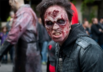 20131106064005-zombie-walk-montreal-2013-bianca-lecompte-004.jpg
