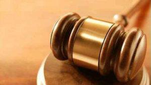 20141003230133-jueces.jpg