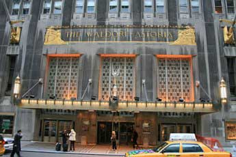 20141011023338-china-compra-hotel-waldor.jpg