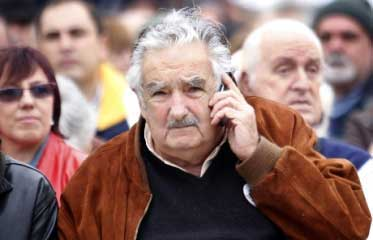 20141025045751-uruguay-elecciones-balotaje.jpg