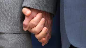 20150710124357-ee.uu-matrimonios-gay.jpg