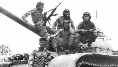 20150911125449-tropas-cubanas-en-angola.jpg