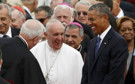 20150923035222-obama-recibe-a-francisco.jpg