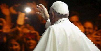 20151019000802-el-santo-padre-a-africa.jpg