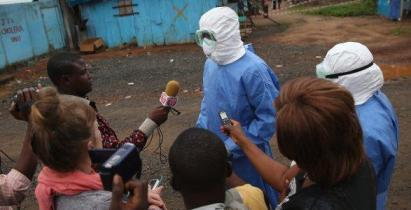 20151203125259-ecoguerras-ebola.jpg