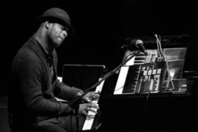 20160313032351-roberto-fonseca-jazz.jpg