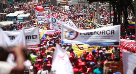 20170529120805-venezolanos-marchan-hoy-por-la-paz-y-la-constituyente.jpg