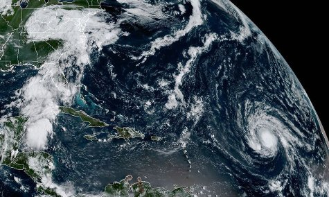 20170905115301-el-huracan-irma-avanza-en-el-caribe-y-amenaza-florida.jpg