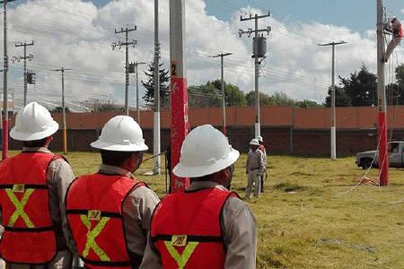 20171001005154-mexico-electricistas-a-cuba-.jpg