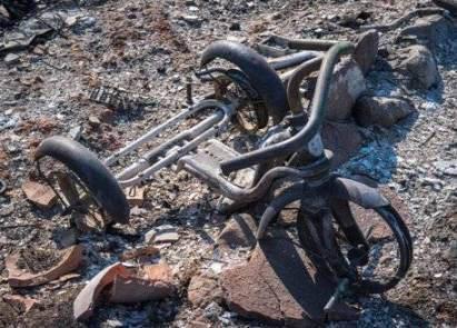 20171019151808-un-triciclo-infantil-quemado-stuart-palley-para-the-washington-post-.jpg