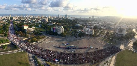 20180502020709-panoramica-desfile-dia-de-los-trabajadores-primero-de-mayo.jpg
