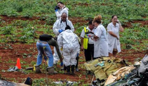 20180604202426-equipo-medico-que-trabajo-en-accidente-aereo-.jpg