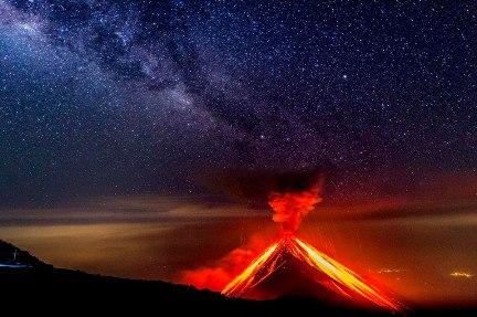 20180605025802-erupcion-devastadora-2-.jpg