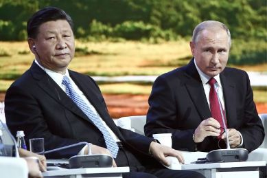 20180918050150-vladimir-putin-xi-jinping-eastern-economic.jpg