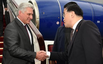 20181110063513-presidente-diaz-canel-inicia-visita-oficial-a-china.jpg